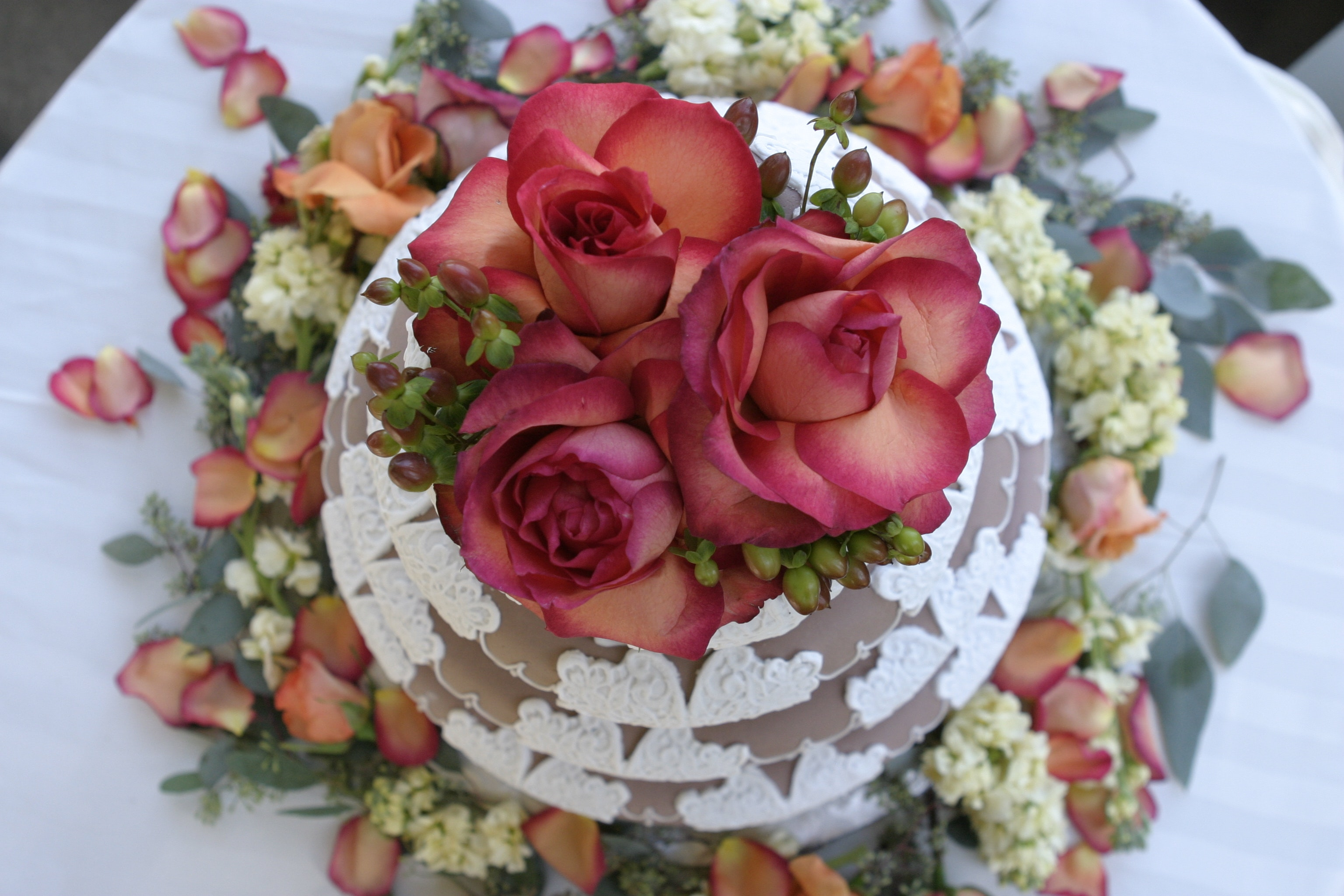 bloom-blossom-cake-784210